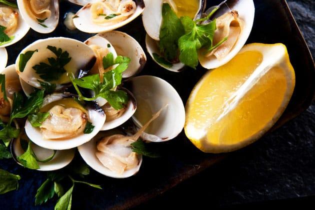 Os 10 pratos da cozinha portuguesa que tem de experimentar