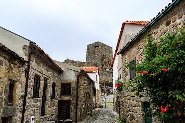 aldeias-mais-bonitas-de-portugal-linhares-da-beira